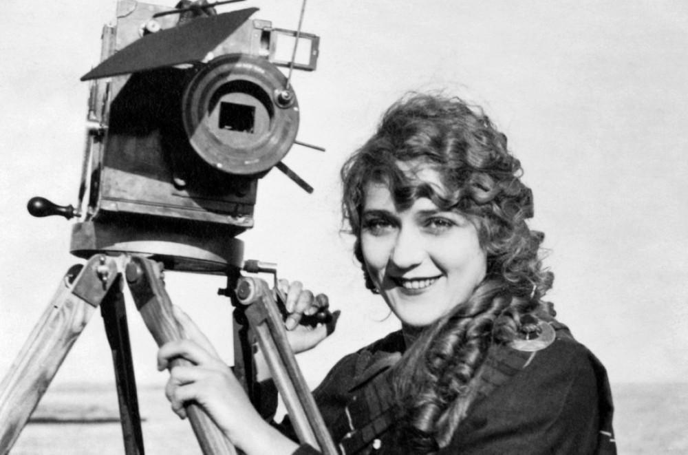 La primera cineasta de la historia fue mujer.